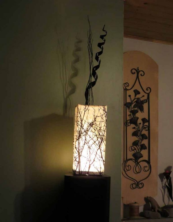 LED_Nature_Light_Fixture_Silhouette_09